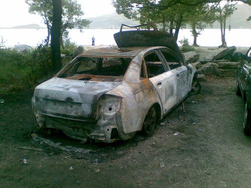 Burned out car Sallochy 13-06-09