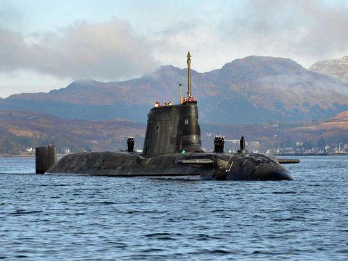 HMS Astute leaving Faslane