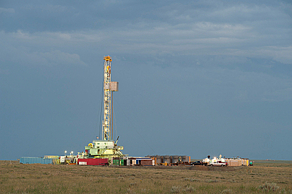 Gas drilling rig