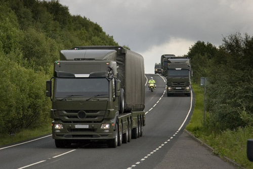 Nuclear weapons convoy (©Nukewatch)