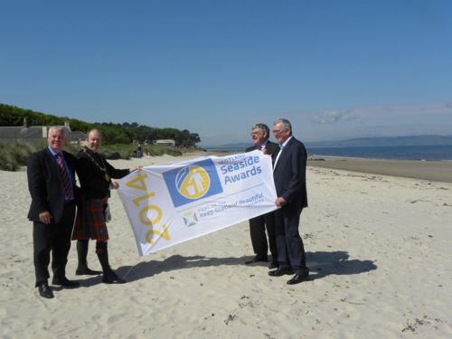 Fergus Ewing and others launch the 2014 seaside awards at Central Beach, Nairn
