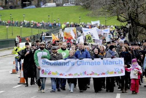 Climate march in Edinburgh (photo thanks to Colin Hattersley)