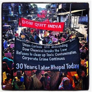 Protest against Dow in Bhopal (thanks to Colin Toogood)