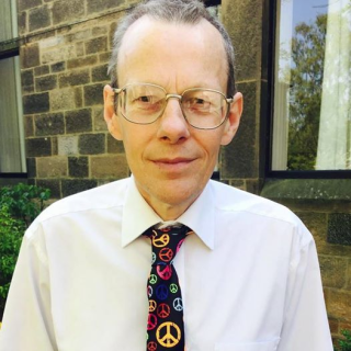 John Ainslie with CND tie